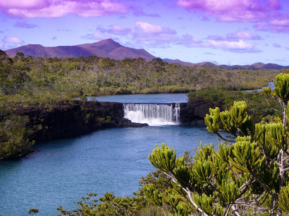 Chute d'eau en Nouvelle Calédonie